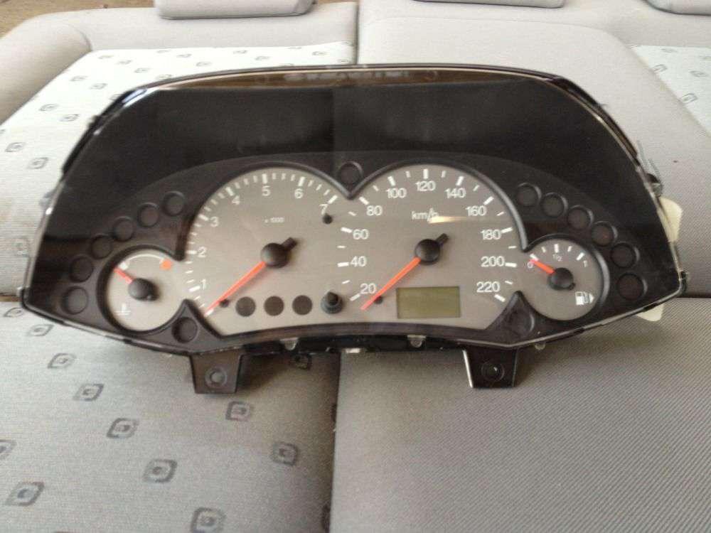 Ford Focus Tacho Kombiinstrument Display Motometer 98AB-10849-CF 98AP-10841-JH.