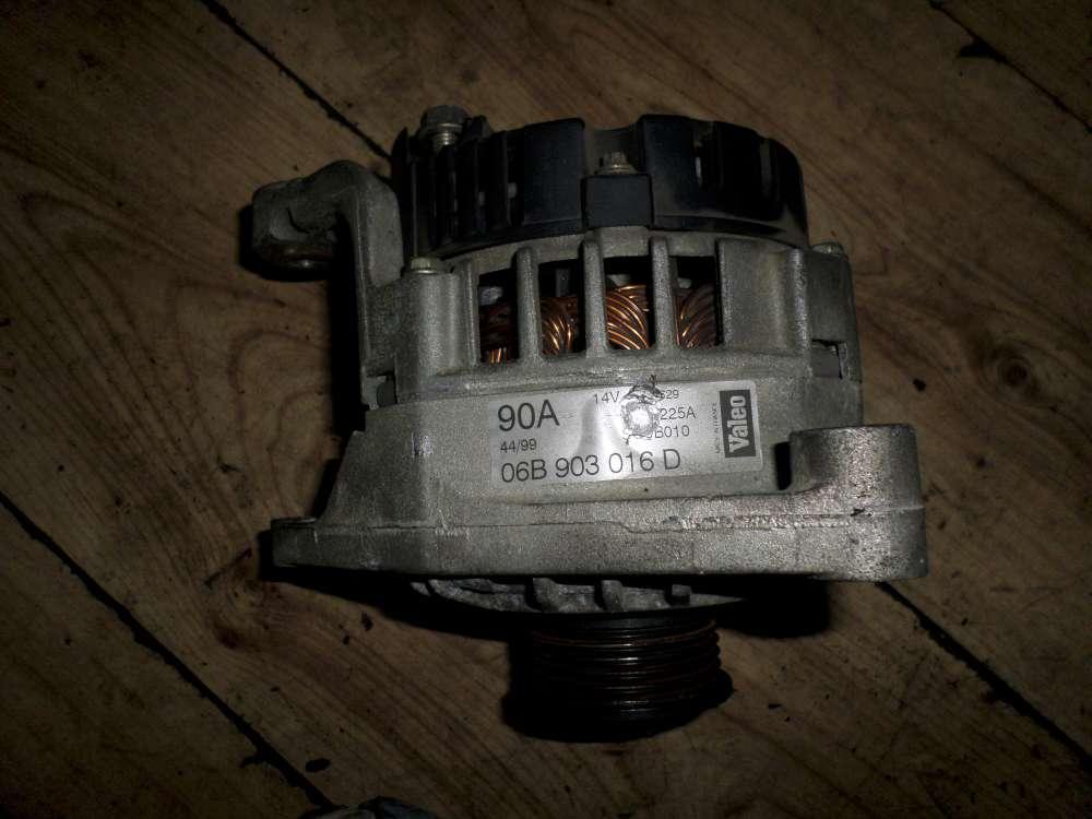 Original Audi A4 Lichtmaschine 06B903016D
