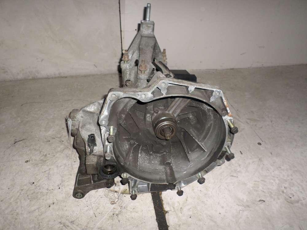 Ford Focus Bj 98  Getriebe W235X Schaltgetriebe 98WT7F096BB