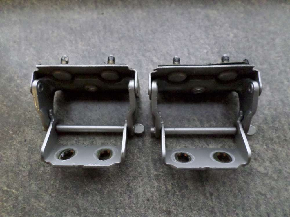 Original Ford Focus 2x Scharniere Heckklappe