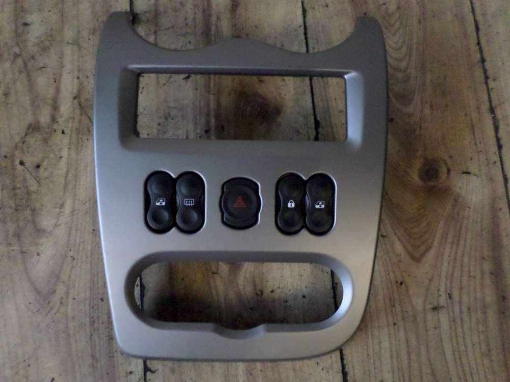 Dacia Sandero SD Bj:2010 Mittelkonsole Verkleidung mit Schalter 8200739438
