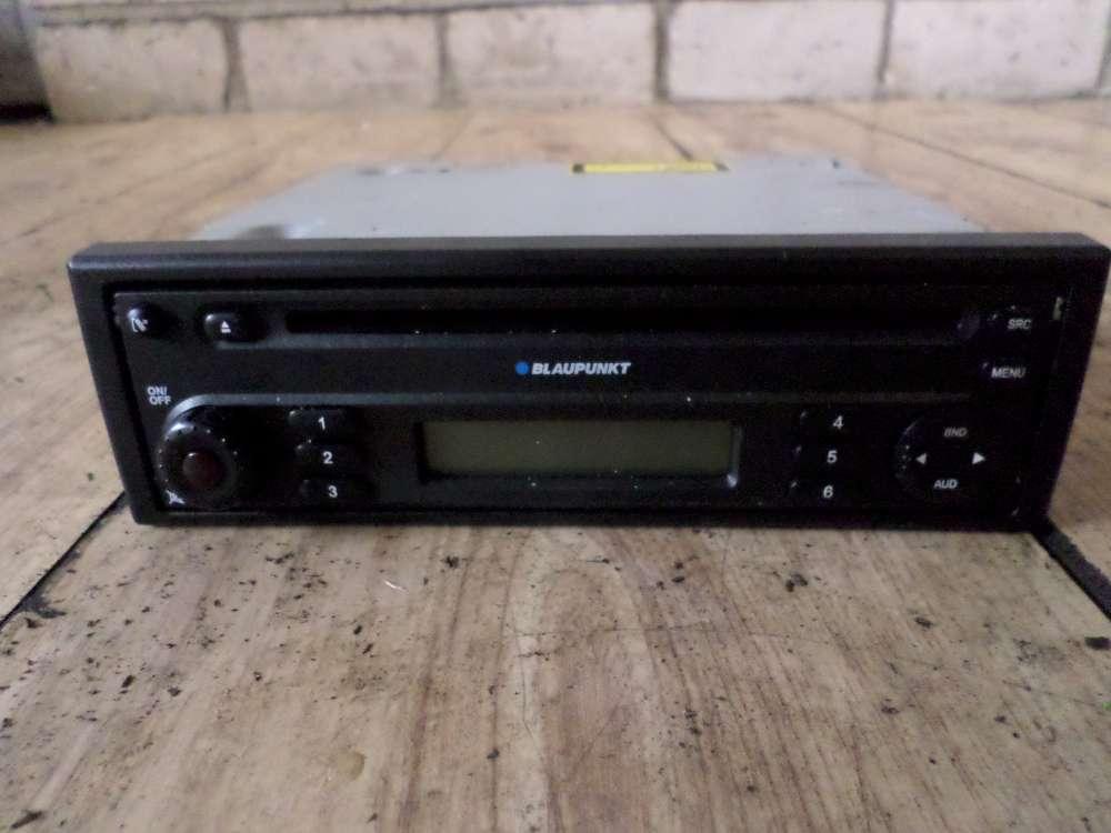 Dacia Sandero SD Bj 2010 Radio mit CD 7-646-126-591-FD005 / 281116543R