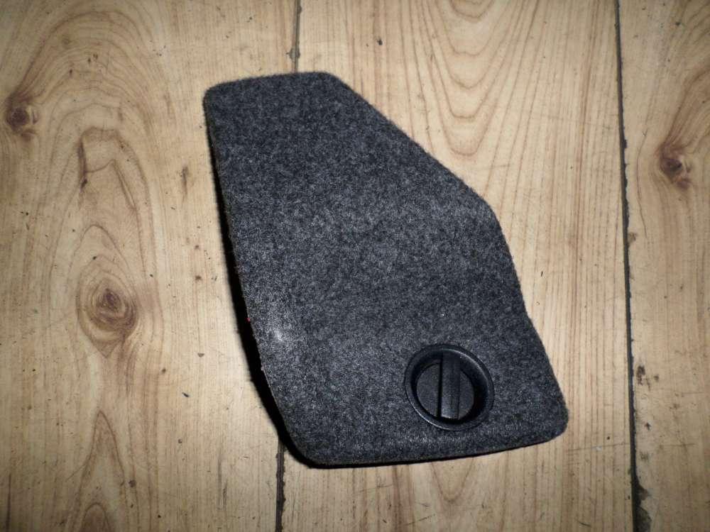 VW Golf IV 4  Abdeckung Verkleidung Kofferraum Ecke 1J0867468