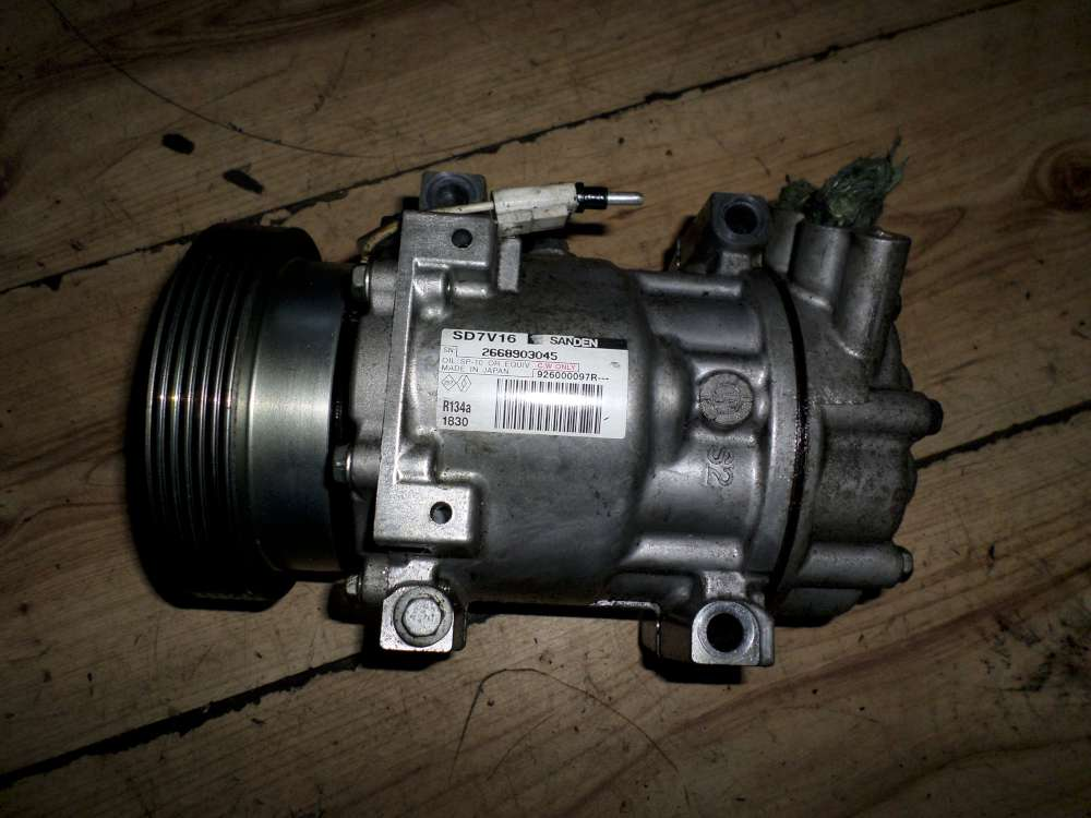 Dacia Sandero Bj.2010 Klimakompressor Kompressor Klima Klimaanlage 926000097R