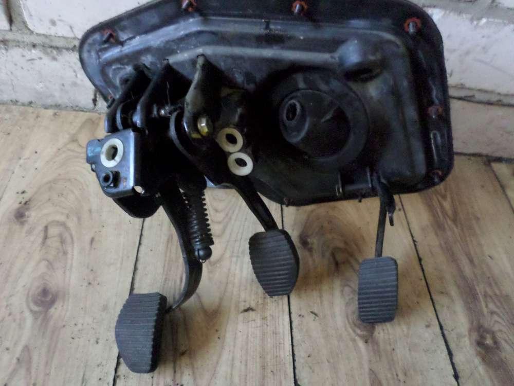 Lancia Zeta 220 Bj:2000 Bremspedal Kupplungspedal Gaspedal Pedalerie