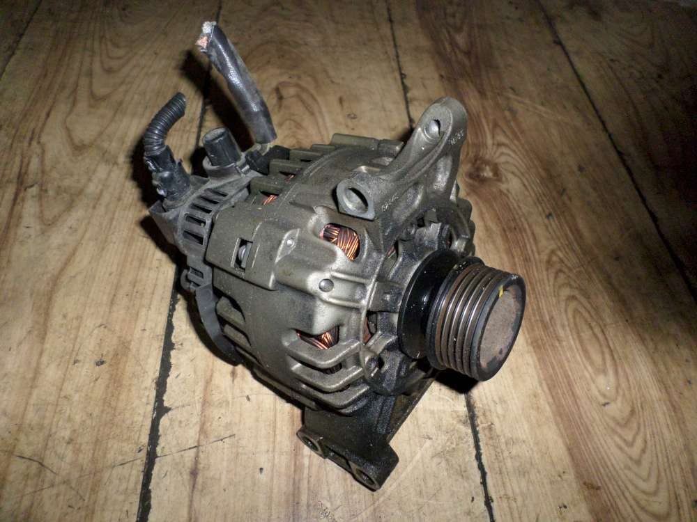 Mercedes Benz A 150 original Lichtmaschine A2661540802