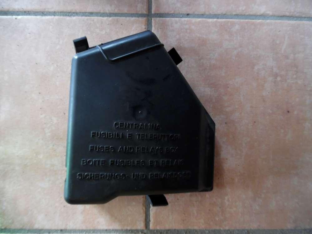 Fiat Idea Original Verkleidung Sicherungskasten Abdeckung 735386506