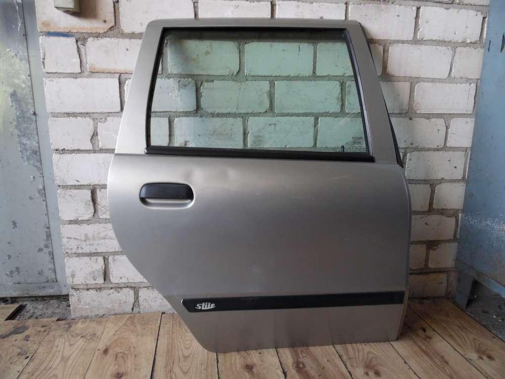 Fiat Punto 176 Tür Hinten Rechts Farbe: silber Grigio steel 647