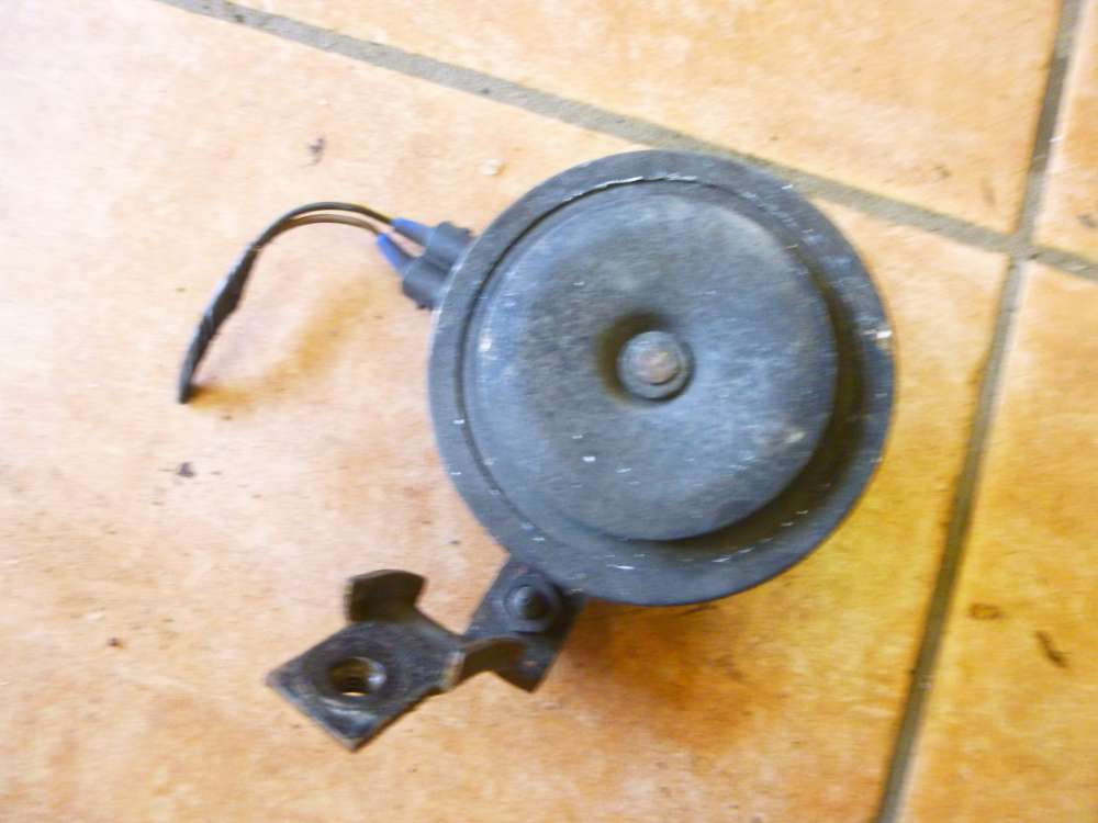 VW Golf 4 original Signalhorn Hupe 007524