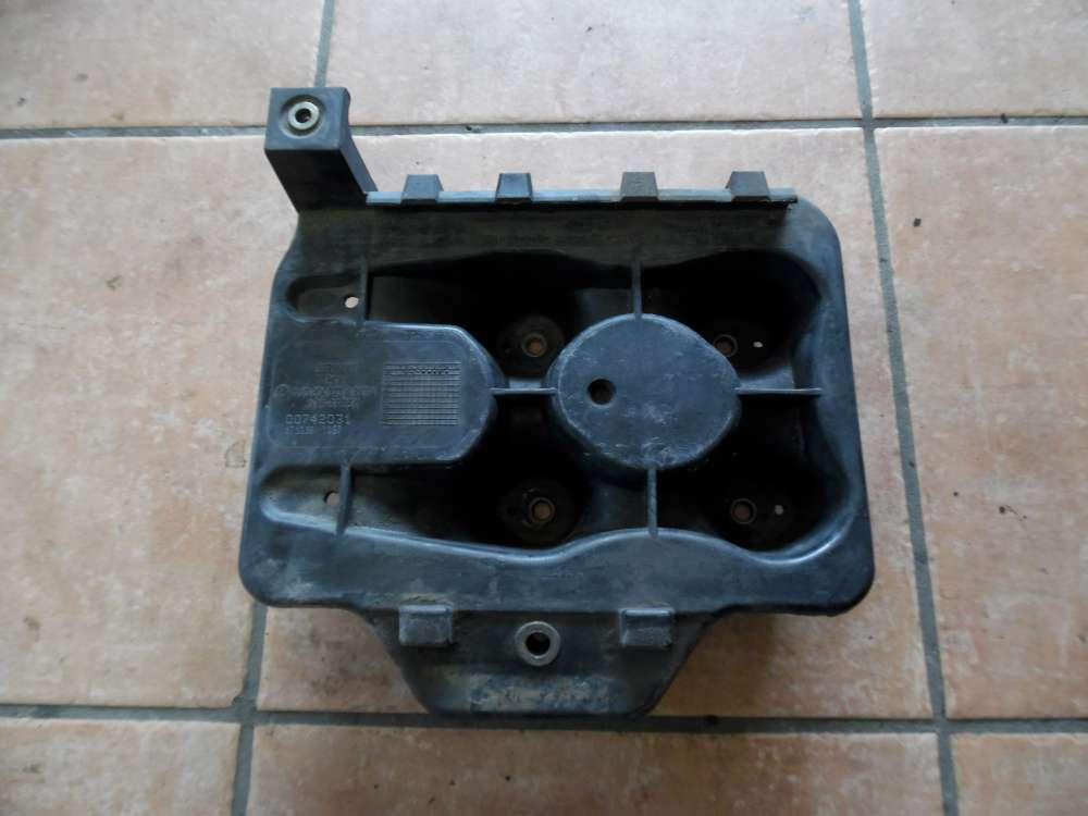 VW Golf 4 Batteriehalter Batterieträger Unterteil 1J0804373 A