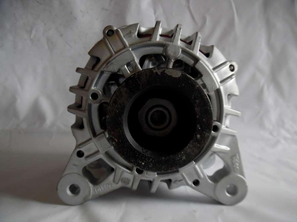Lichtmaschine Generator 90A Renault 8200654541 Valeo TG9B042 2543509A