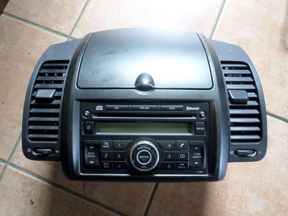 Nissan Note E11 Bj:2007 Ablagefach Verkleidung Mittelkonsole mit CD Radio 68260-9U06B