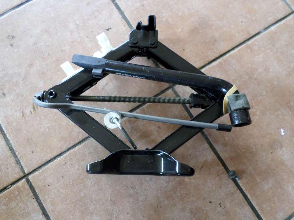 Ford Mondeo Kombi Bordwerkzeug Radschlüssel Abschleppöse Wagenheber 1S7A17080A