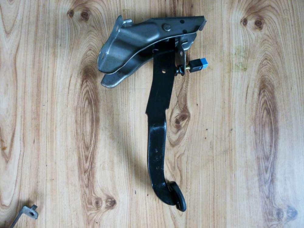 Nissan Bj.1999 Kupplungspedal Kupplung Pedal