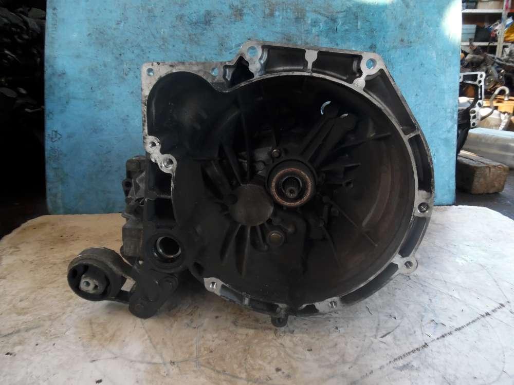 Mazda 2 DY Bj:2004 1,4 50KW  Getriebe Schaltgetriebe 2S6R7002NB 125Km