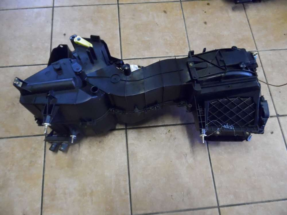 Audi A3 8L 1,8 Heizungskasten Gebläsekasten 8L1819003