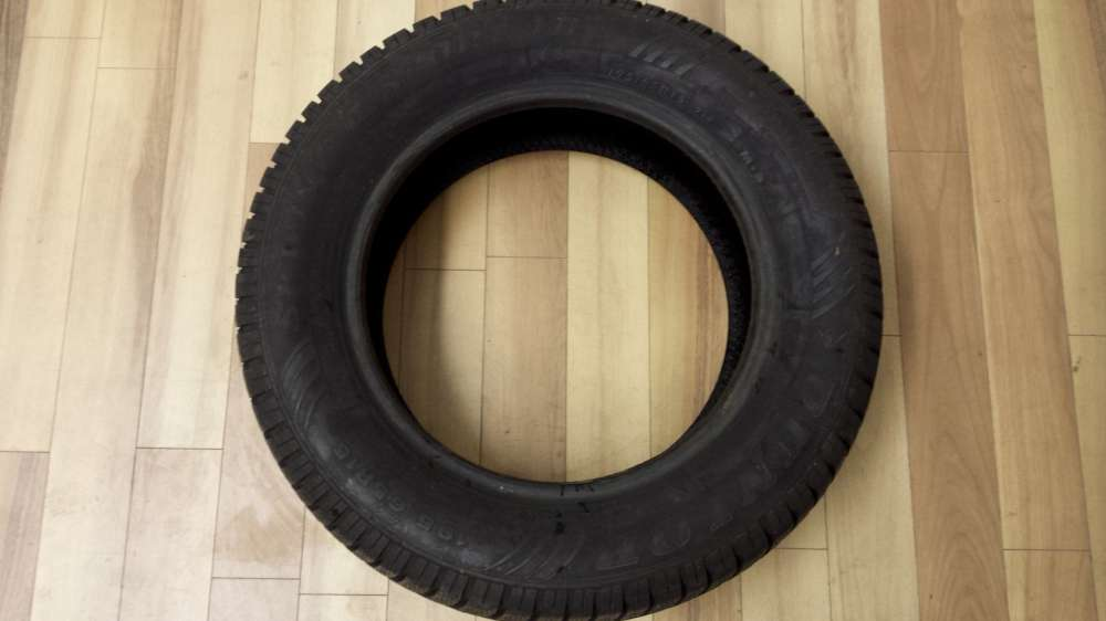 1x Winter-Reifen 195/65 R15 91T DUNLOP SP WINTER SPORT 4D