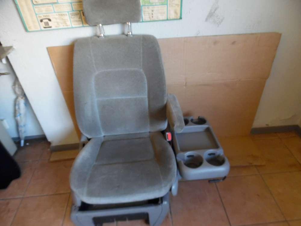 KIA Carnival Bj:2005 Beifahrersitz mit Airbag und Armlehne Vorne Rechts Farbe Grau
