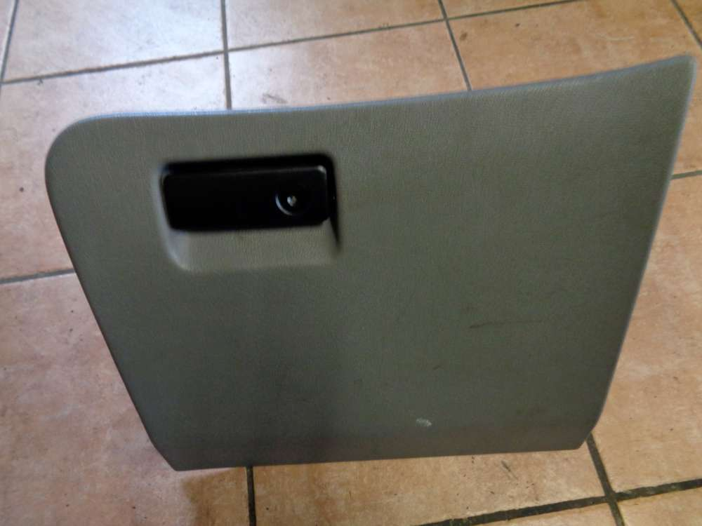 Ford Mondeo BNP Kombi Bj:95 Handschuhfach 93BG-A06044-AAW