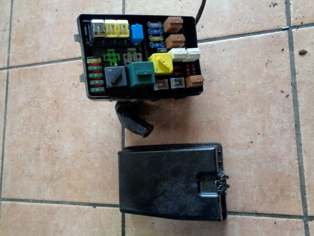 Ford Mondeo BNP Kombi bj:95 Sicherungskasten 93BG14A076EC,