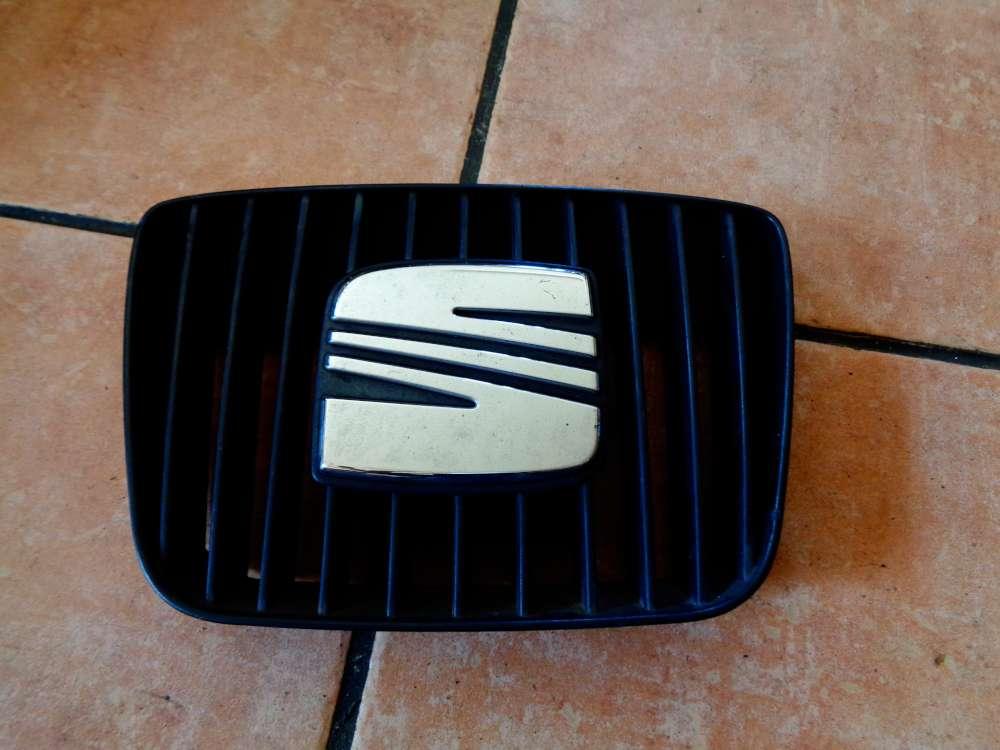 Seat Ibiza 6K Kühlergrill 6K0853654D