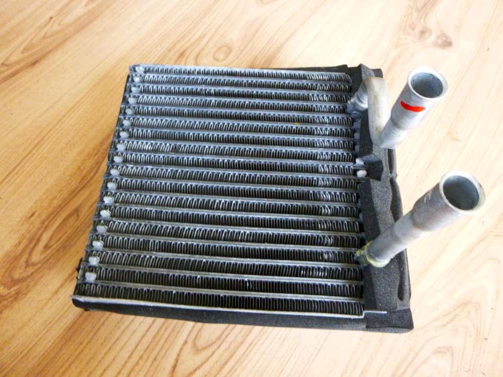 Ford Focus Bj:2002 Kühler Heizung Heizungskühler Wärmetauscher