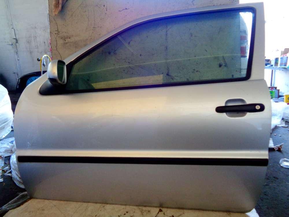 VW Polo 6N2 Bj:2000 3 Türer Tür Vorne Links Farbe:Silber LA7W