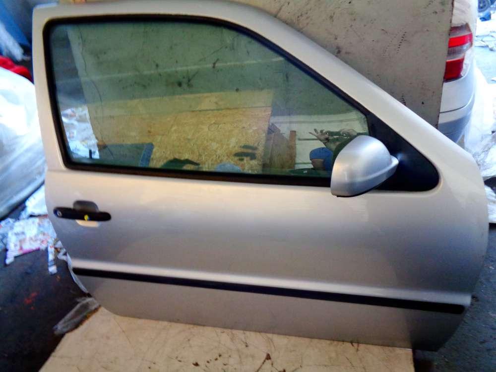 VW Polo 6N2 Bj:2000 3 Türer Tür Vorne Rechts Farbe:Silber LA7W
