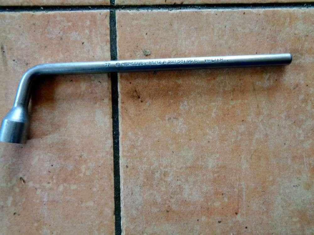 Mercedes Benz W211 Radschrauben Schlüssel 17mm A2215810001