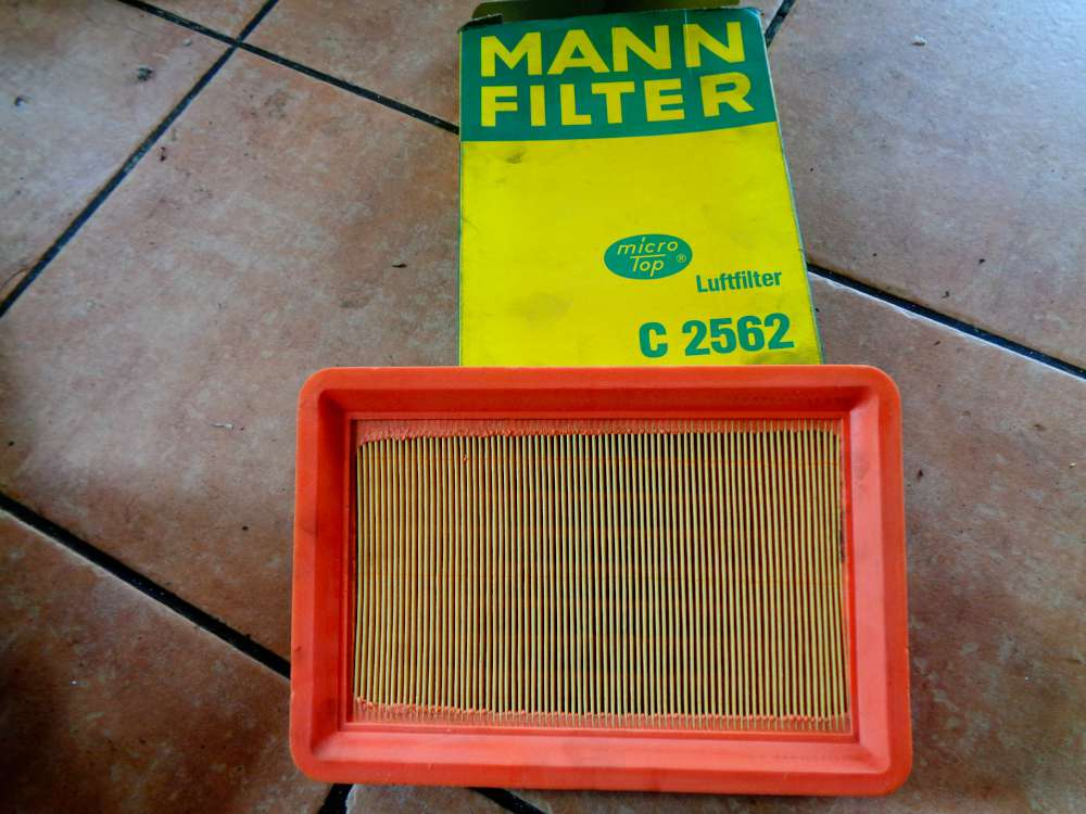 MANN-FILTER Luftfilter Motor Filter C 2562