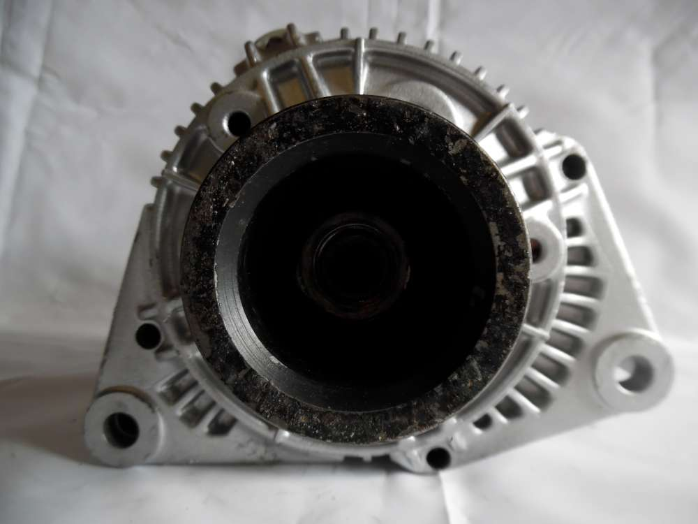 Lichtmaschine Generator 90A Mercedes-Benz 0091540202 Bosch 0123335002