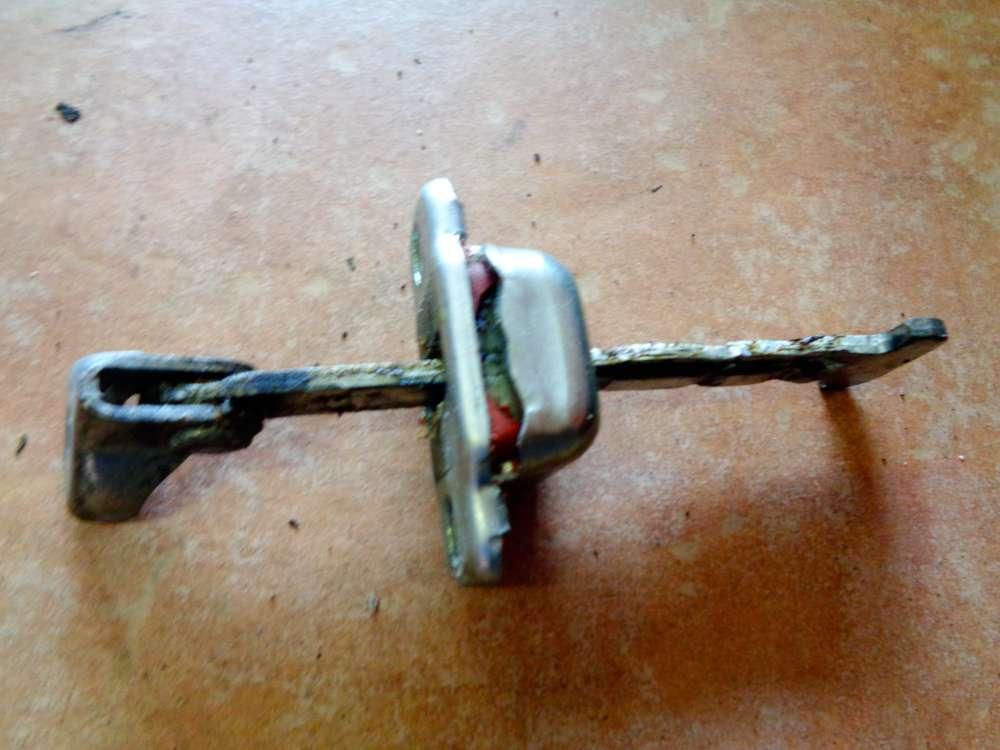 Peugeot 107 Bj:09 3 Türer Türfangband Türbremse Türstopper Vorne Links