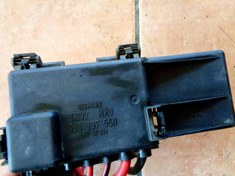 VW Golf 4 Bj:2000 1.4 16V Sicherungskasten Motorraum Batteriedose 1J0937550