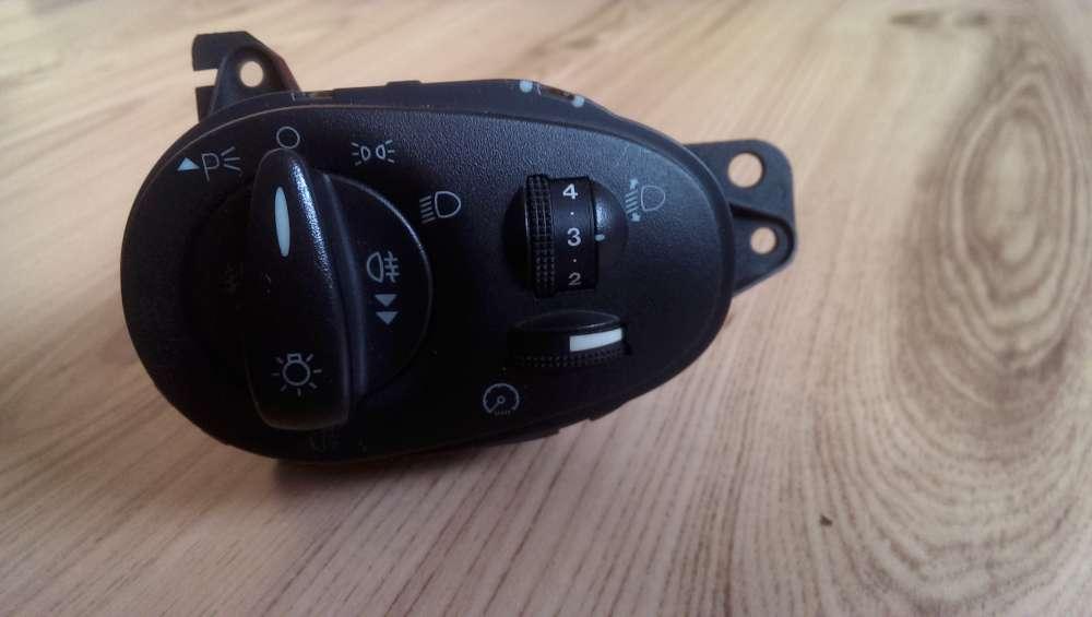 Ford Focus Bj:1999 Lichtschalter 98AG13A024AH
