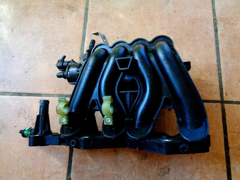 Fiat Panda 169 1,2 L Bj:2007 Ansaugkrümmer Ansaugbrücke 0261230030