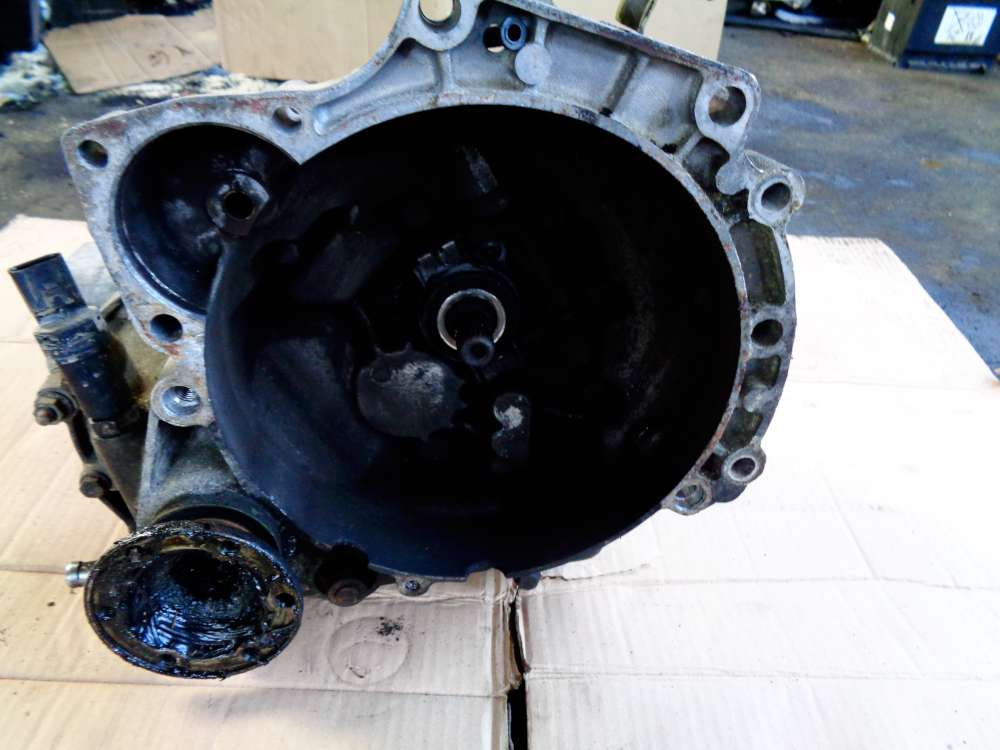 Seat Ibiza 6K Bj:2001 1.4L Getriebe Schaltgetriebe 08530110