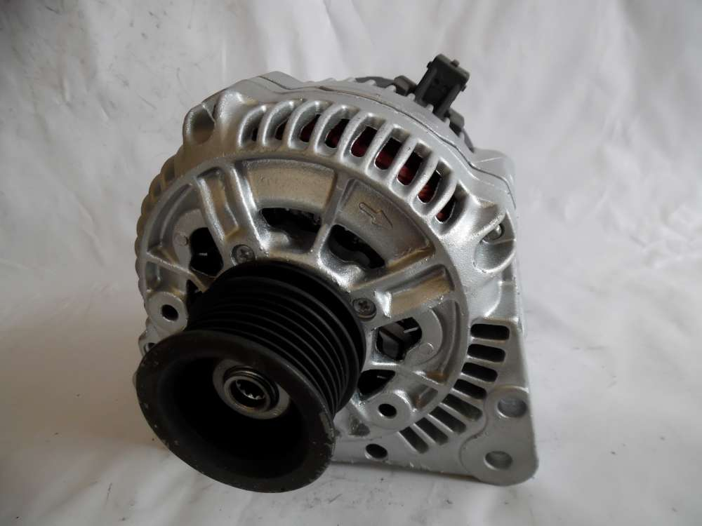Lichtmaschine Generator 90A VW Seat Ford Audi 028903025Q