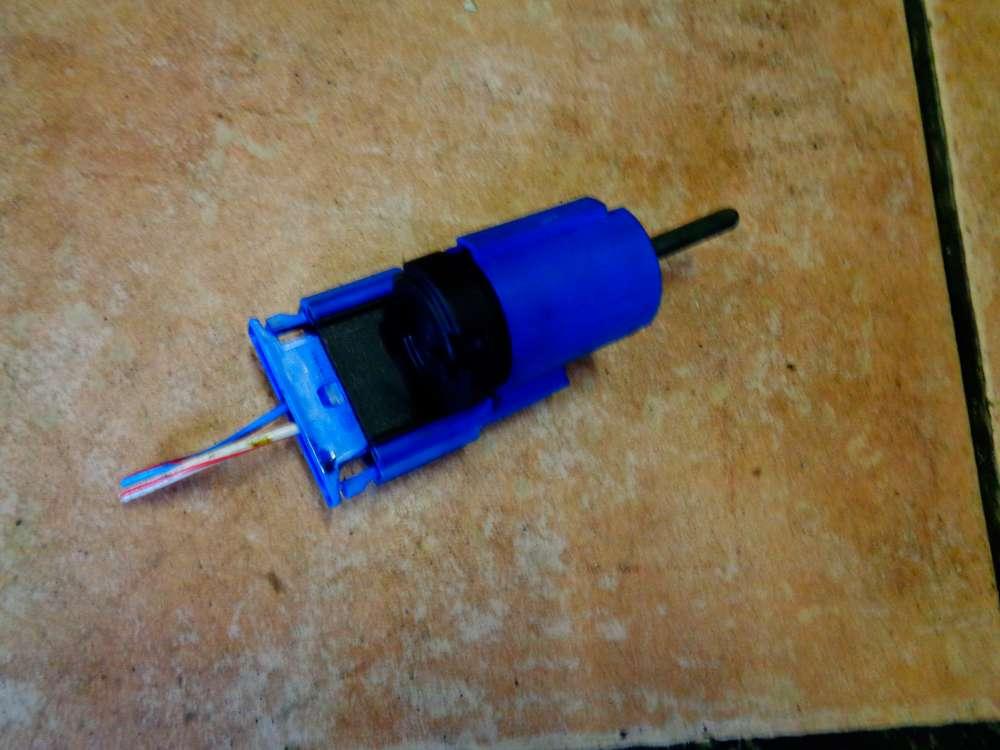 Skoda Fabia 6Y2 Bj:2003 Schalter Kupplungsschalter Kontaktschalter 1J0927189