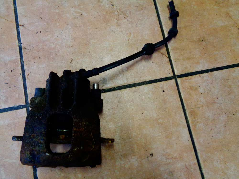 Ford Focus DAW Bj:2002 Bremssattel Vorne Links