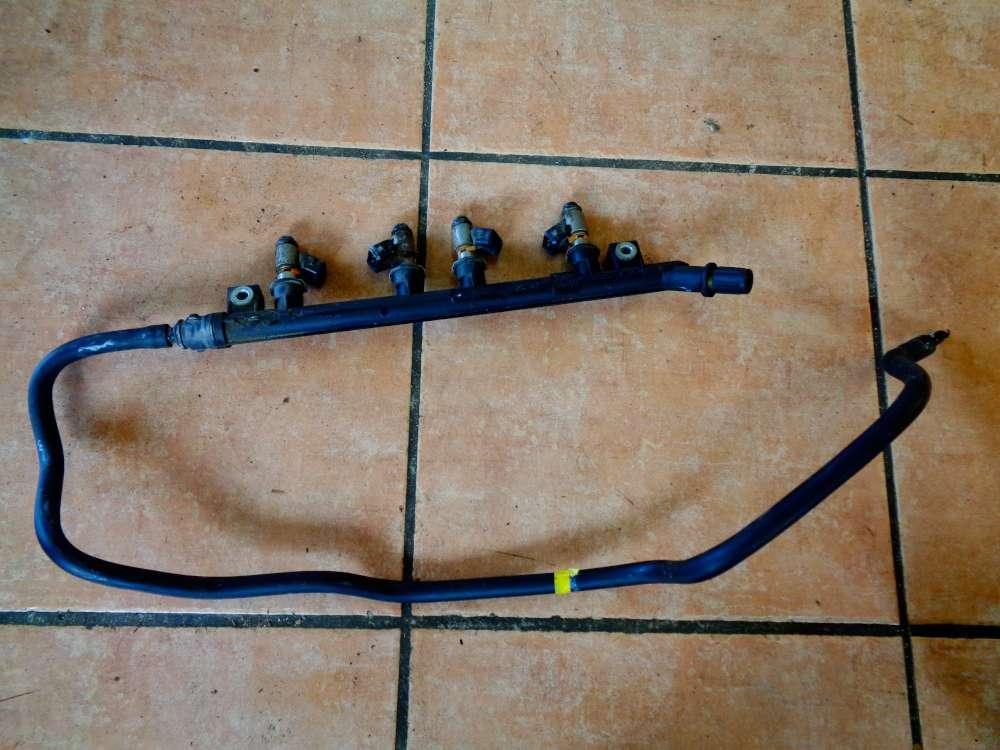 Fiat Punto 199 Bj:2008 1.2L Einspritzleiste mit 4 Düsen CB261 1638F