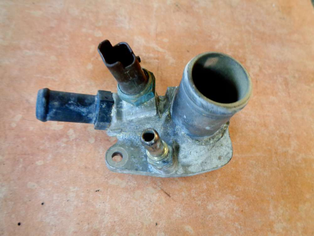 Fiat Punto 199 Bj:2008 1.2L Thermostat Flansch