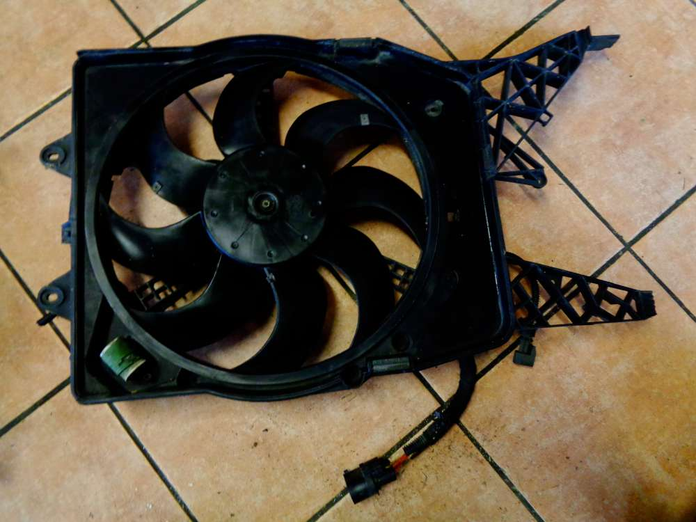 Opel Corsa D Bj:08 1,7 CDTI Motorlüfter Lüfter Ventilator Kühlerlüfter 55703936