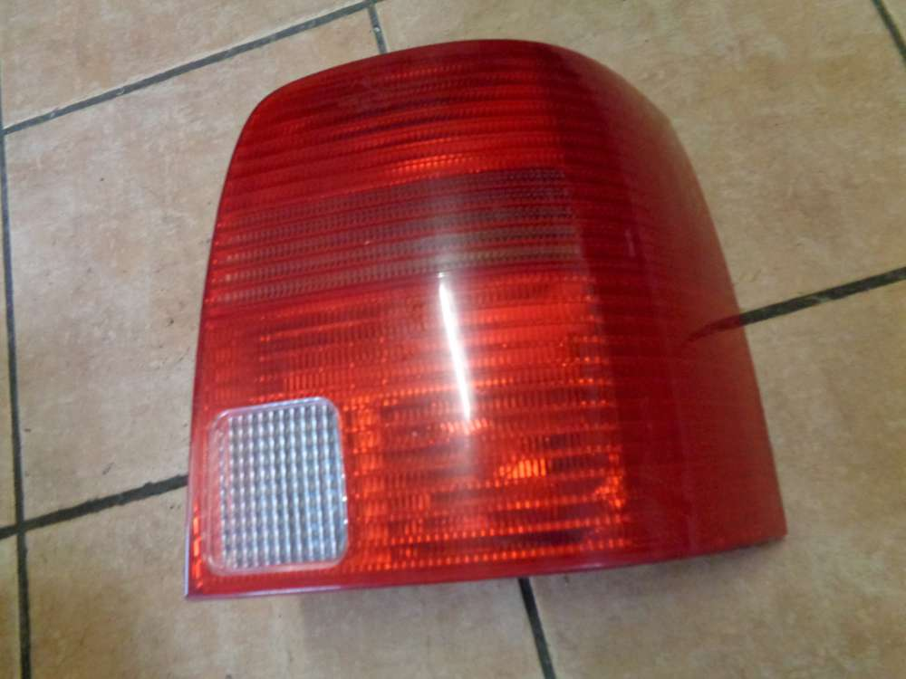 VW Passat 3B Bj:1997 Rückleuchte Rücklicht Bremsleuchte Rechts 3B9945112F