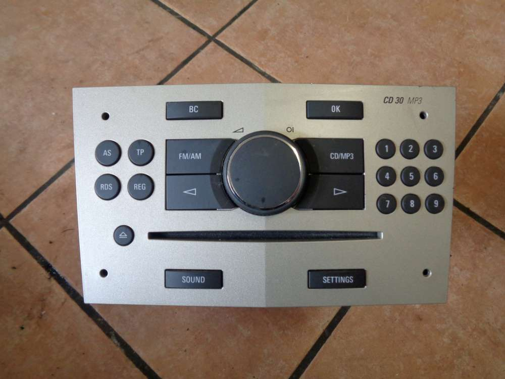 Opel Astra H Bj:2008 Radio/CD 13255553 497316088