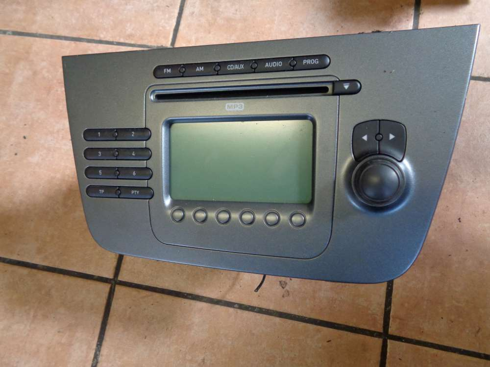 Seat Altea XL 5P Bj:2008 CD Radio Autoradio MP3 5P1035186B