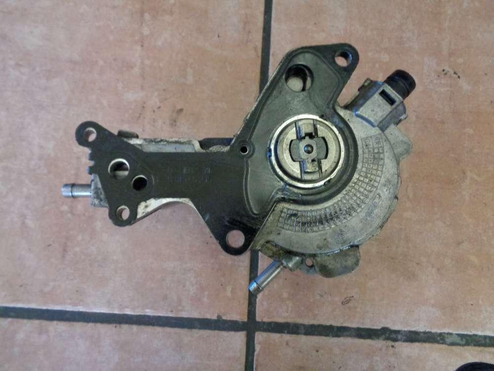 Seat Altea 5P 1,9 TDI Bj:2007 Vakuumpumpe Dieselpumpe 038145209