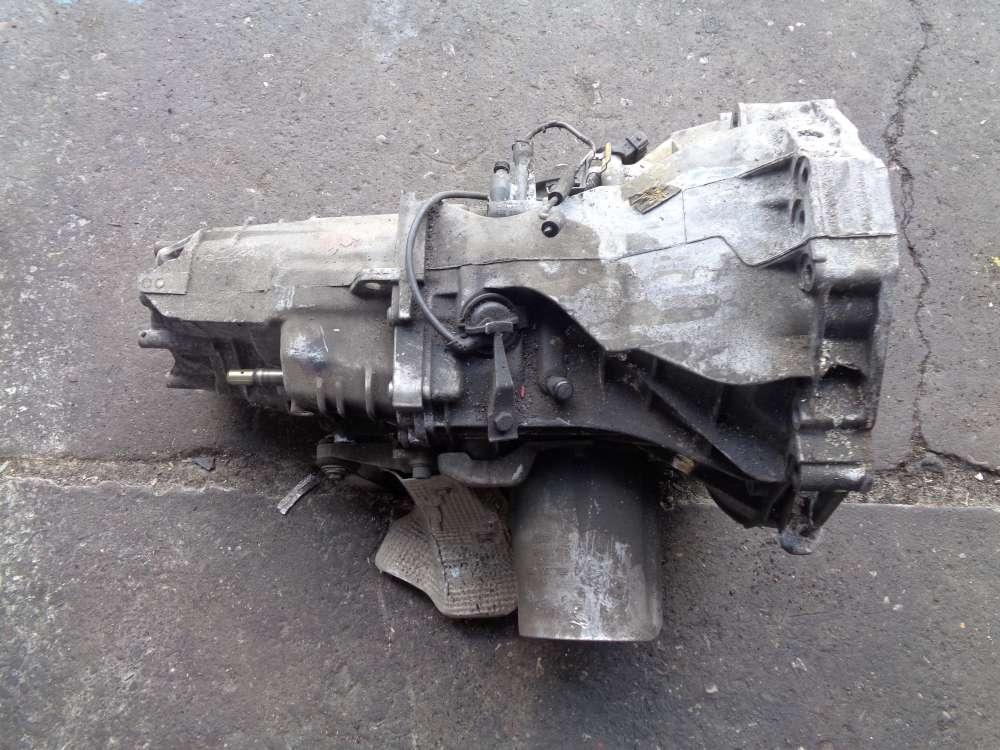 VW Passat Bj:2000 Schaltgetriebe Getriebe 155741KM 012301103S 012301211AA