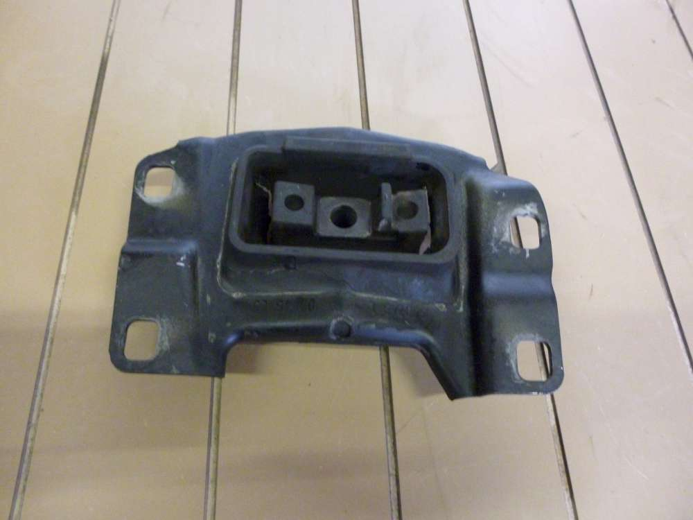 Ford Focus Bj2006 Orginal Motorhalter 349249