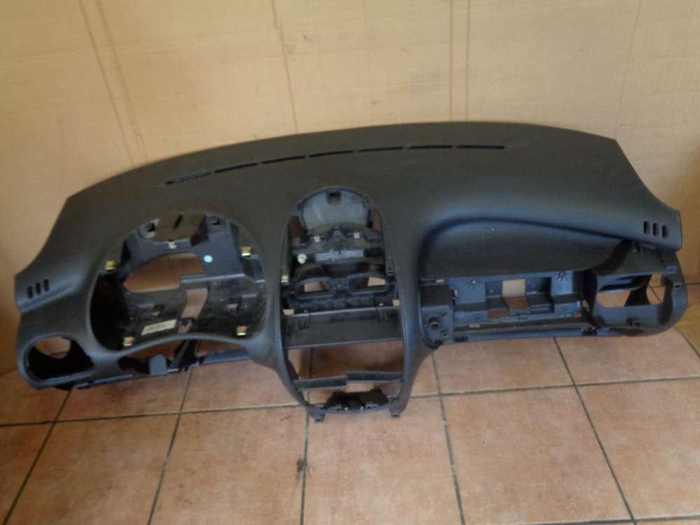 Peugeot 206 Bj:2000 Armaturenbrett Cockpit 9624262280