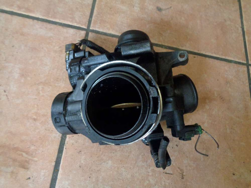 Ford Focus DA3 Bj:06 Diesel Drosselklappe 9655971880